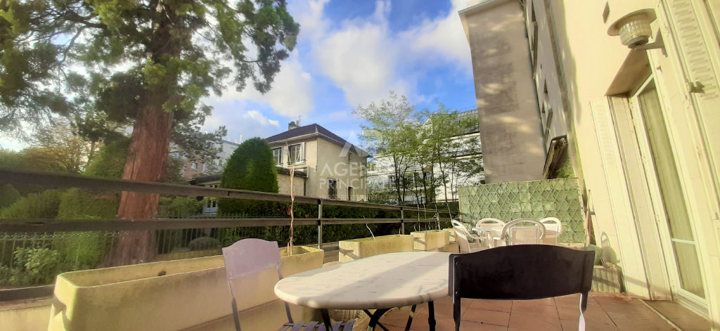 SAINT-CLOUD / PASTEUR Appartement terrasse 2 chambres 100 m² 2/12