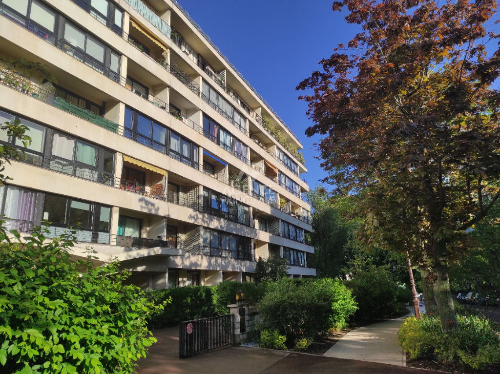 VAL D'OR // Appartement Saint-Cloud 3 pièces 80 m²